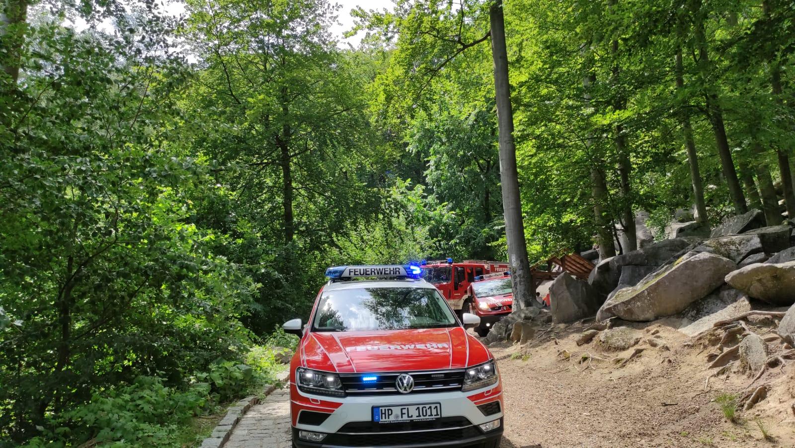 Feuerwehr und R27.06.2021 Felenmeer RP4 1. Einsatzettungsdienst bei Rettungspunkt 4 im Felsenmeer am 27. Juni